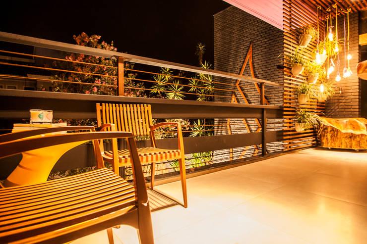 Mostra Open House – Terraço: Terraços  por MP Arquitetura,Rústico