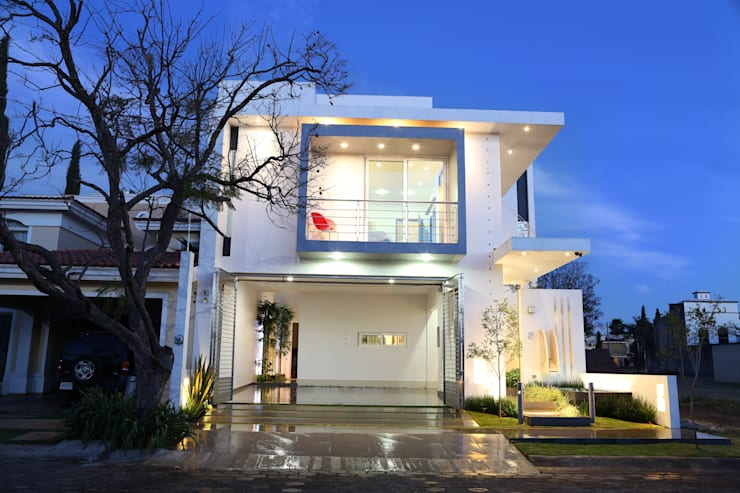 Casa Lirio: Casas de estilo moderno por arketipo-taller de arquitectura