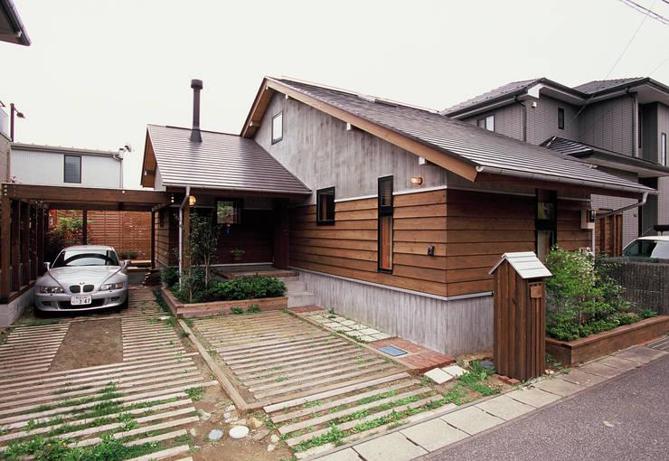 築10年経過の住まい: (株)バウハウスが手掛けたです。