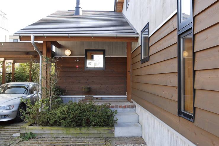 築10年経過の住まいーみずきの家ー: (株)バウハウスが手掛けたです。