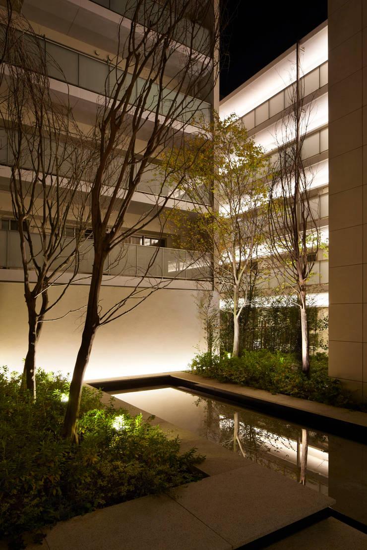 アトラス上大岡ヒルズ(神奈川): 株式会社ライティングMが手掛けた家です。