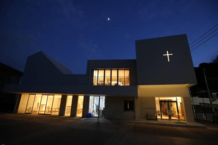 浄水通りカトリック教会(福岡): 株式会社ライティングMが手掛けた家です。,
