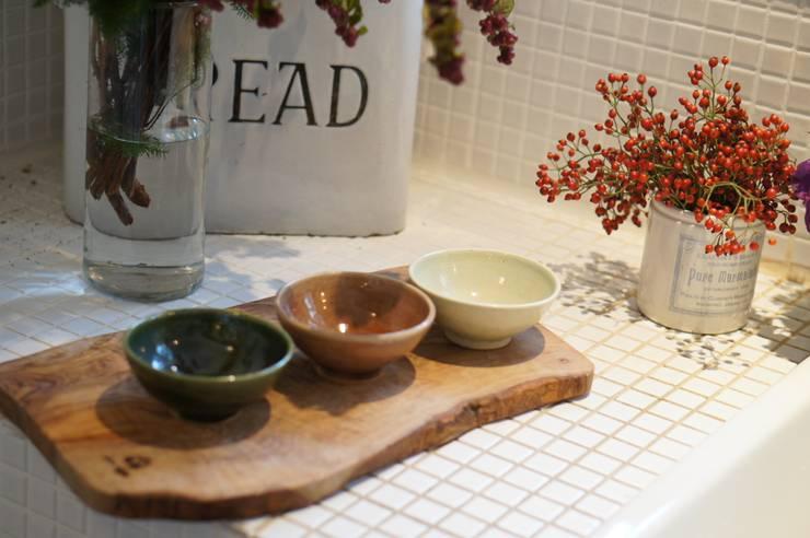 自慢のめし椀: 月下陶房が手掛けたキッチンです。,