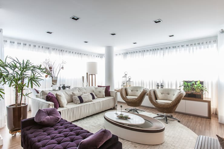 04_Projeto de Interiores: Salas de estar  por Paula Carvalho Arquitetura,