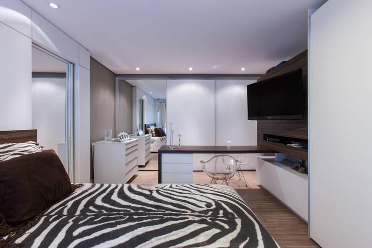 04_Projeto de Interiores: Quartos  por Paula Carvalho Arquitetura