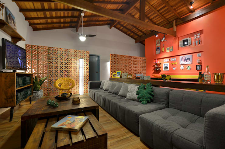 Salones de estilo  de Arquitetando ideias