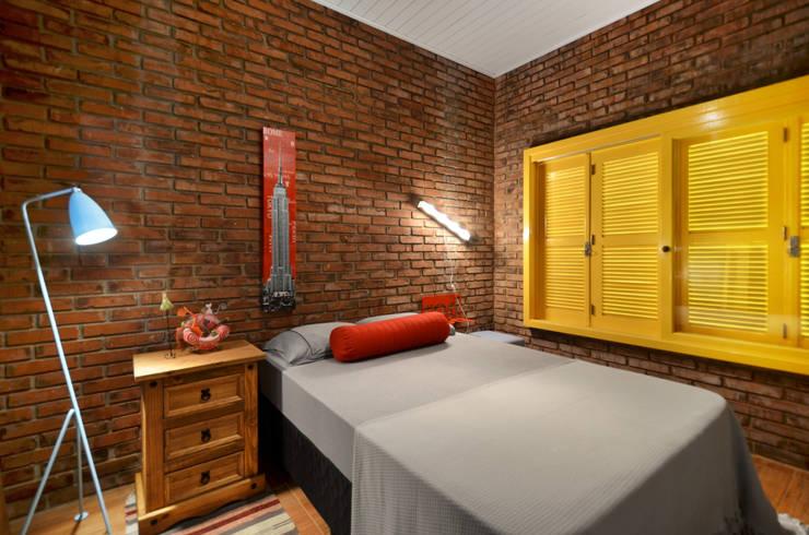 Projekty,  Sypialnia zaprojektowane przez Arquitetando ideias
