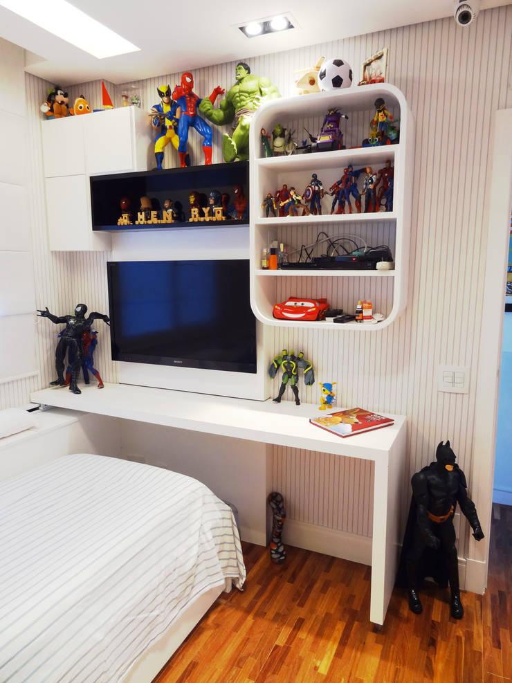 05_Projeto de Interiores: Quarto infantil  por Paula Carvalho Arquitetura