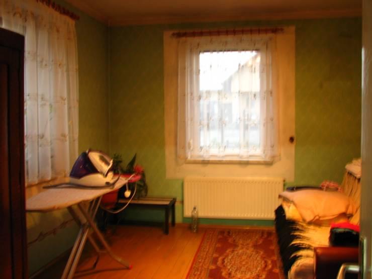 Pokój dzienny przed remontem: styl , w kategorii Salon zaprojektowany przez in2home,Skandynawski