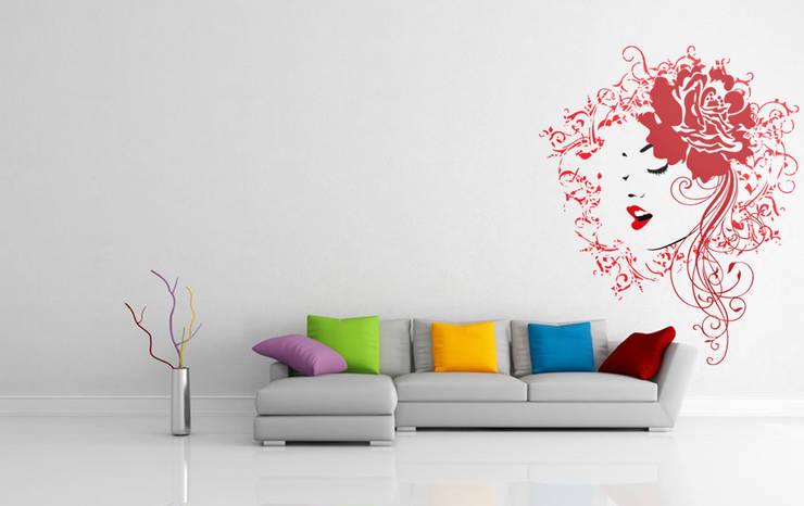 Mulher de vermelho: Sala de estar  por BrutalVisual