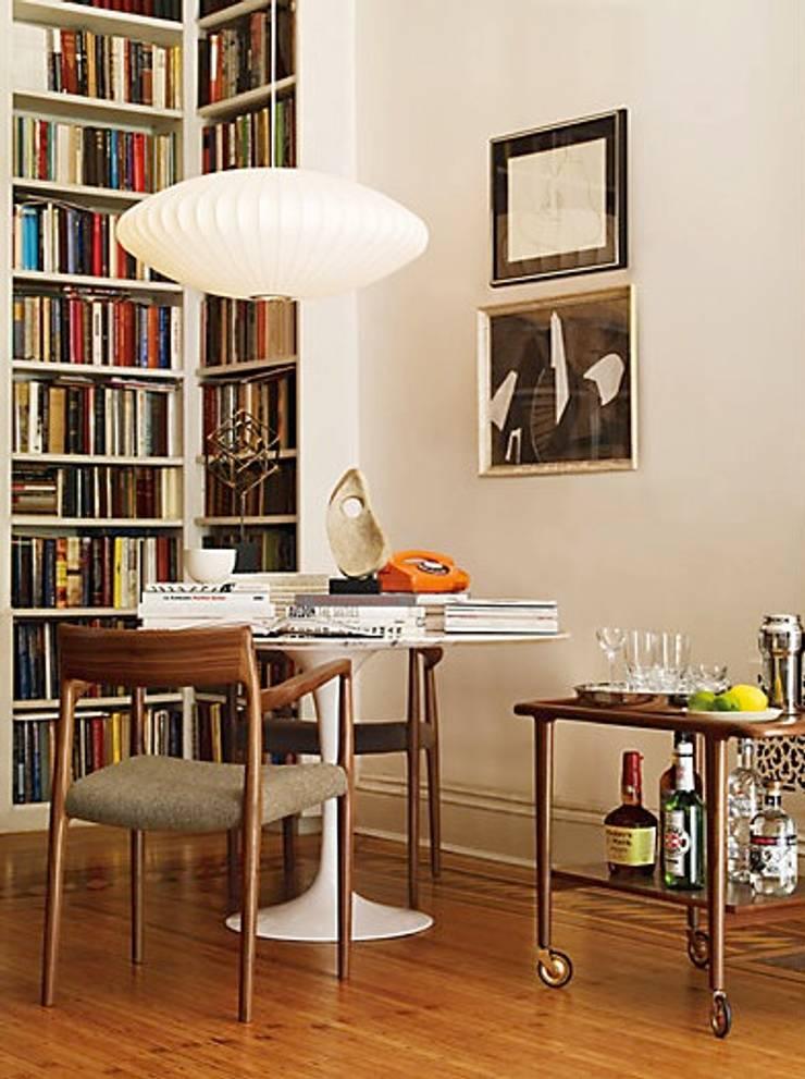 Møller Model 57 Armchair : Comedor de estilo  por Design Within Reach Mexico