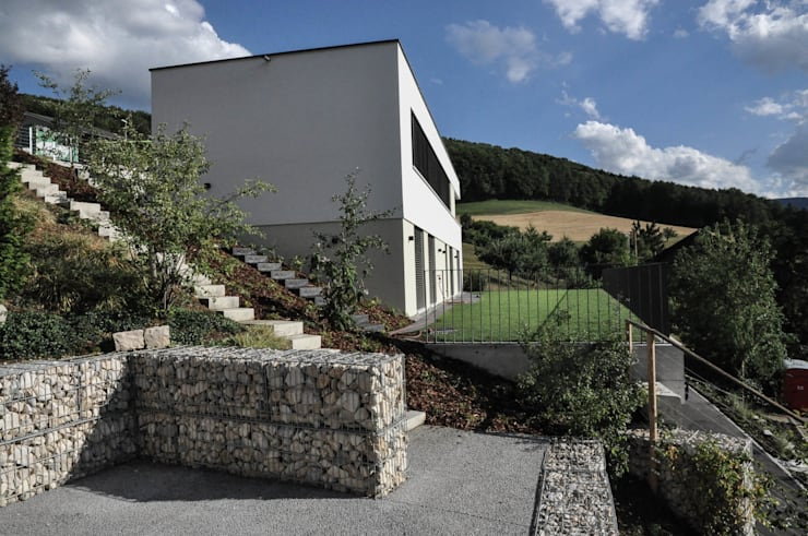 Nordansicht:  Häuser von Holbi14 architekten GmbH