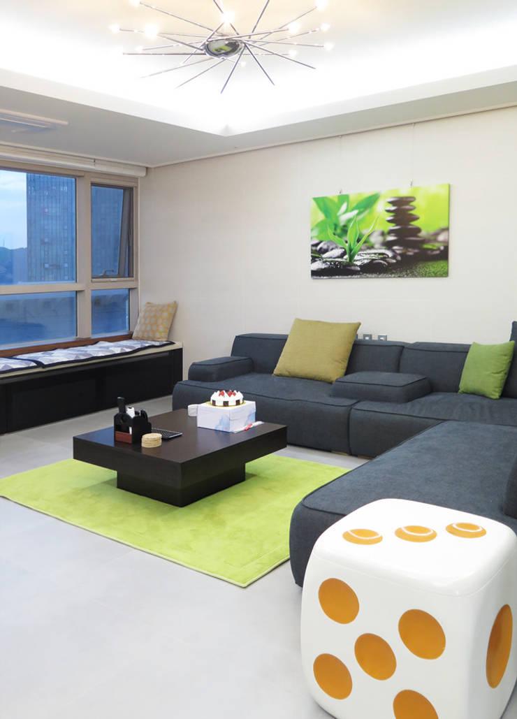 vintage livingroom2: 필립인테리어의  거실,