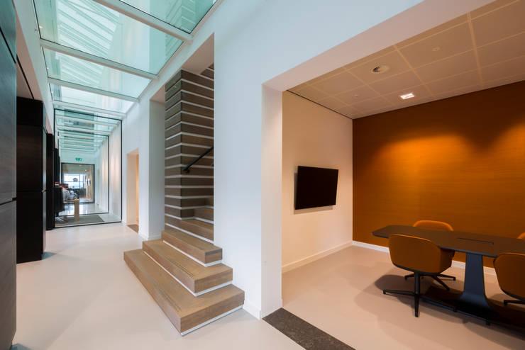 Bolidt :  Kantoorgebouwen door RoosRos Architecten