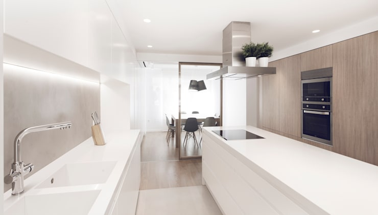 minimalistic Kitchen by onside