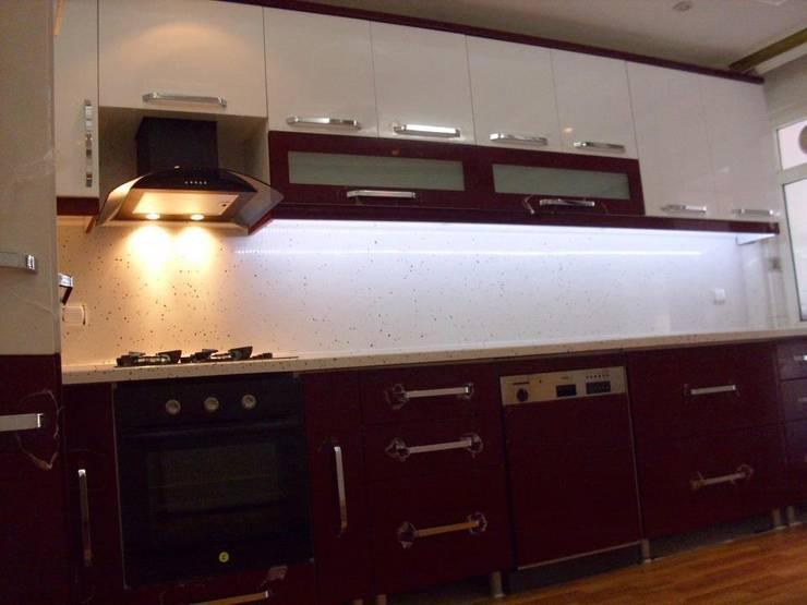 Kardesler Mermerit – Mutfak Tasarımları I:  tarz