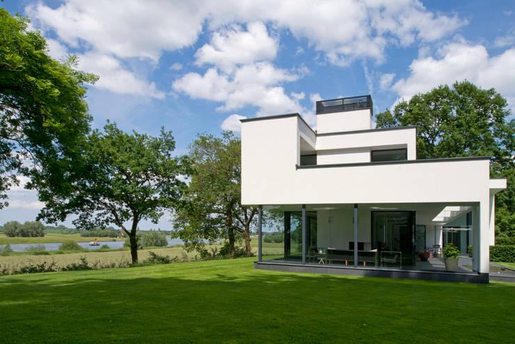 WOONHUIS GORSSEL:  Huizen door Maas Architecten