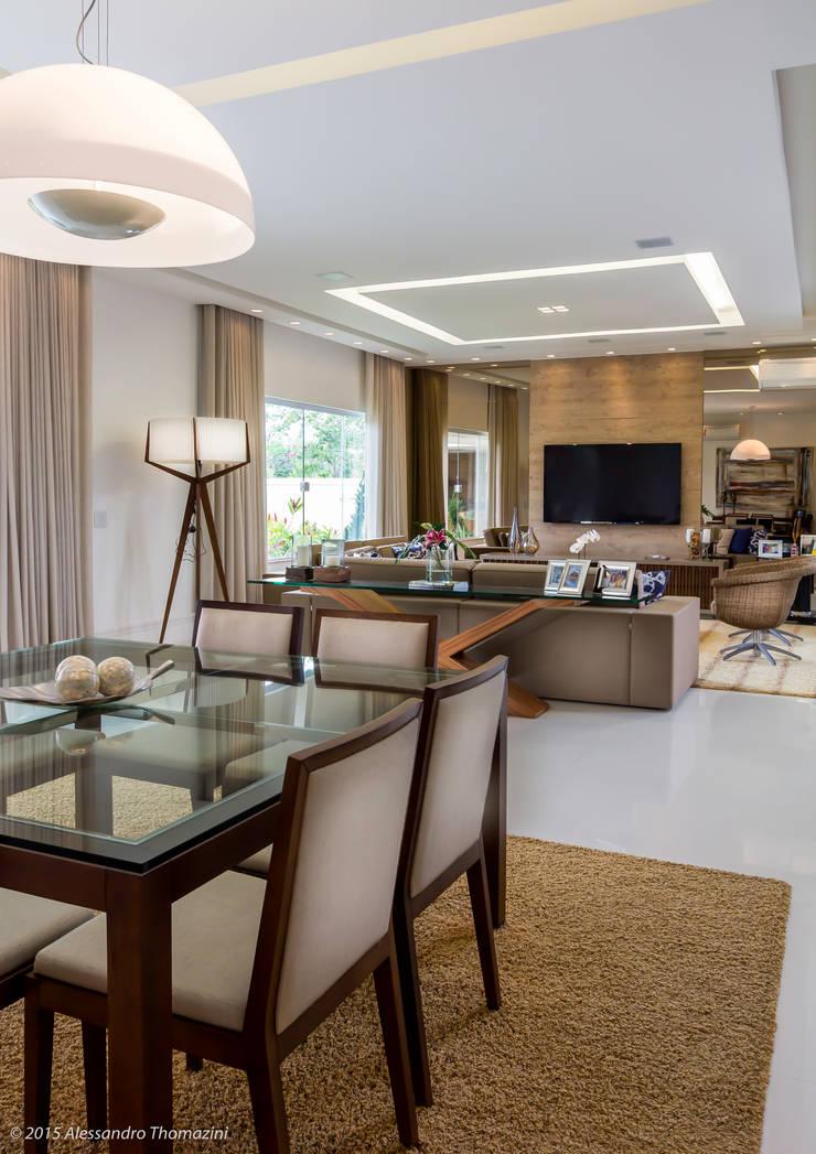 Sala de jantar: Salas de jantar  por Adriana Leal Interiores