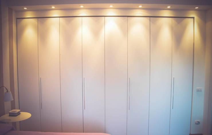 Modern Bedroom by Alessandro Corina Interior Designer Modern