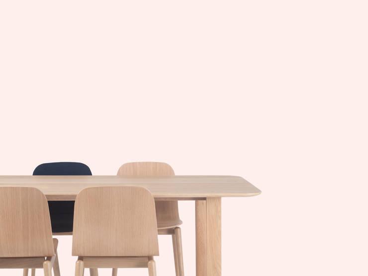 BOLD TABLE: 알로프의  다이닝 룸