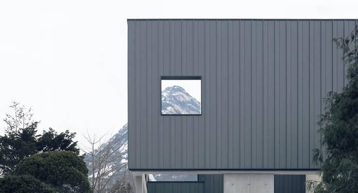 Modern houses by designband YOAP Modern