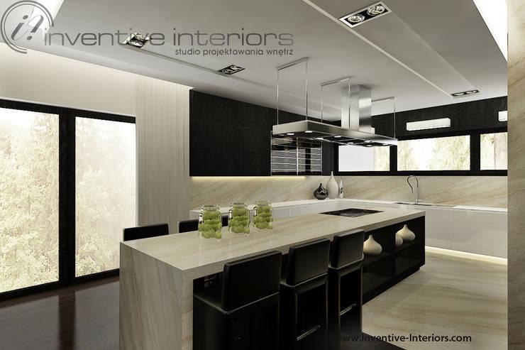 Cocinas de estilo clásico de Inventive Interiors Clásico
