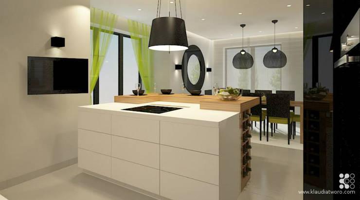 DOM W SELEDYNACH: styl , w kategorii Jadalnia zaprojektowany przez Klaudia Tworo Projektowanie Wnętrz Sp. z o.o.,