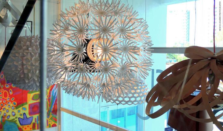 Iluminacion: Tiendas y espacios comerciales de estilo  por RL+N Arquitectura