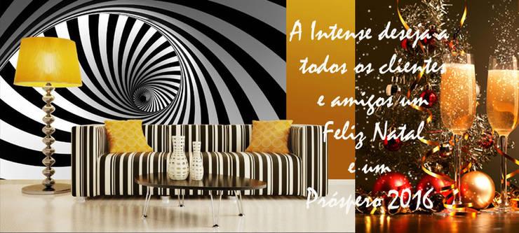 www.intense-mobiliario.com: Sala de estar  por Intense mobiliário e interiores;