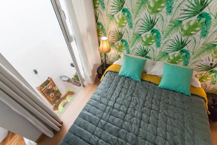 Vivienda en Sevilla, calle General Castaño: Dormitorios de estilo  de Pablo Cousinou