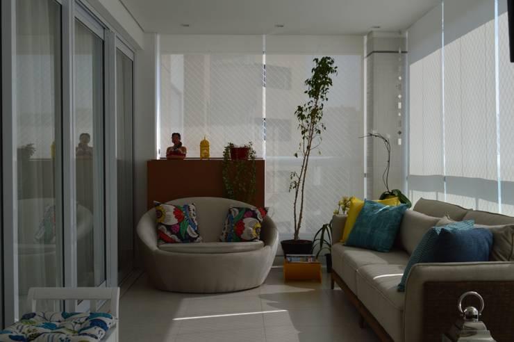 Apartamento Vila Leopoldina 180m²: Terraços  por Fabiana Rosello Arquitetura e Interiores,
