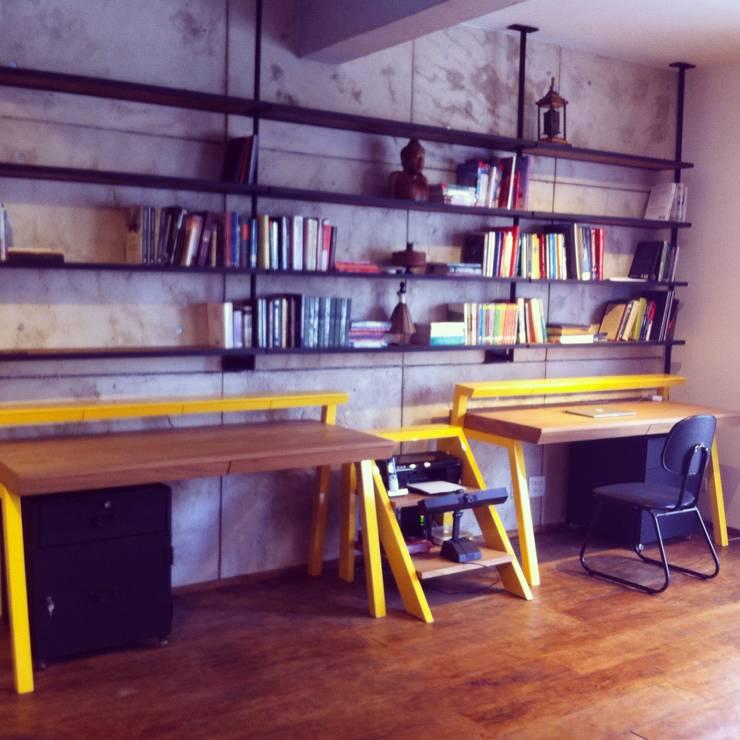 Cobertura Duplex Santana 290m²: Escritórios  por Fabiana Rosello Arquitetura e Interiores