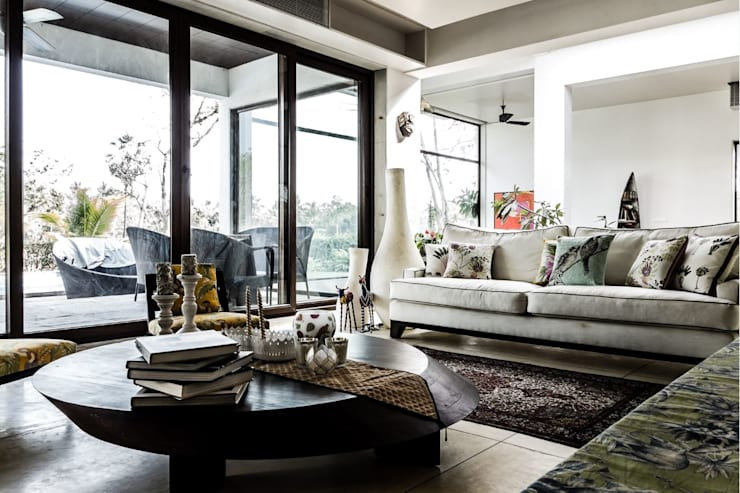 P House:  Living room by Studio A