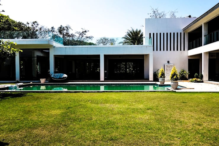 P House: tropical Houses by Studio A
