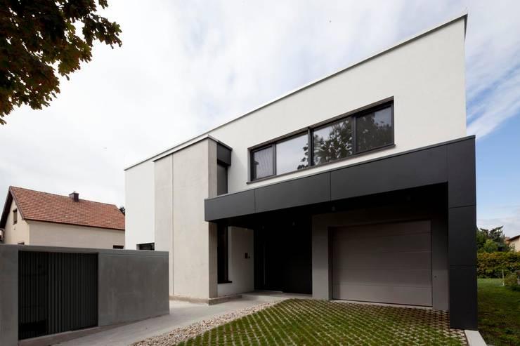 Casas modernas por PASCHINGER ARCHITEKTEN ZT KG
