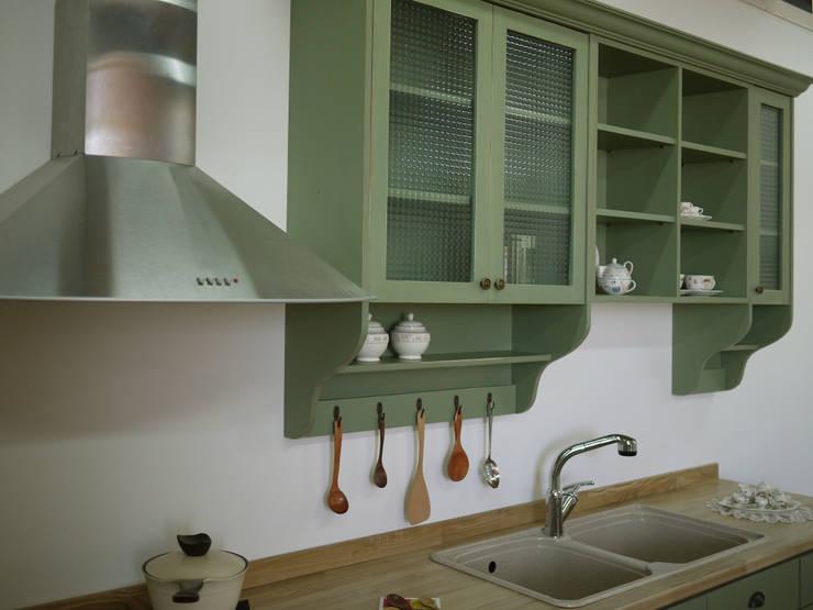 Cucina in stile  di 목소리, Scandinavo