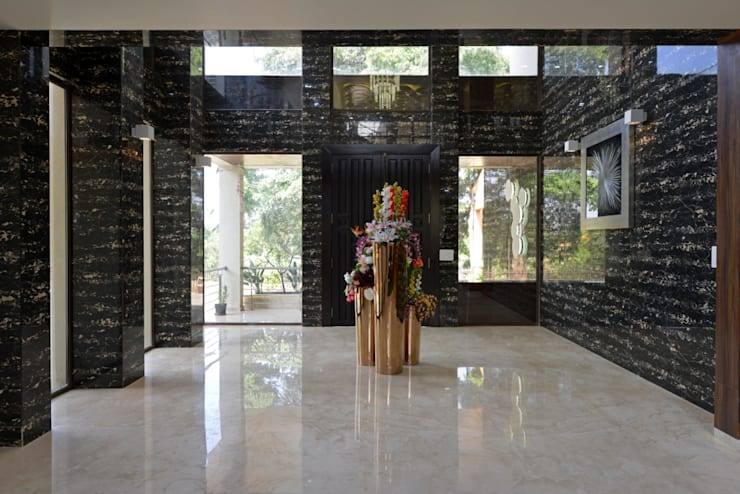 HIGH END BUNGALOW- LONAVALA:   by AIS Designs