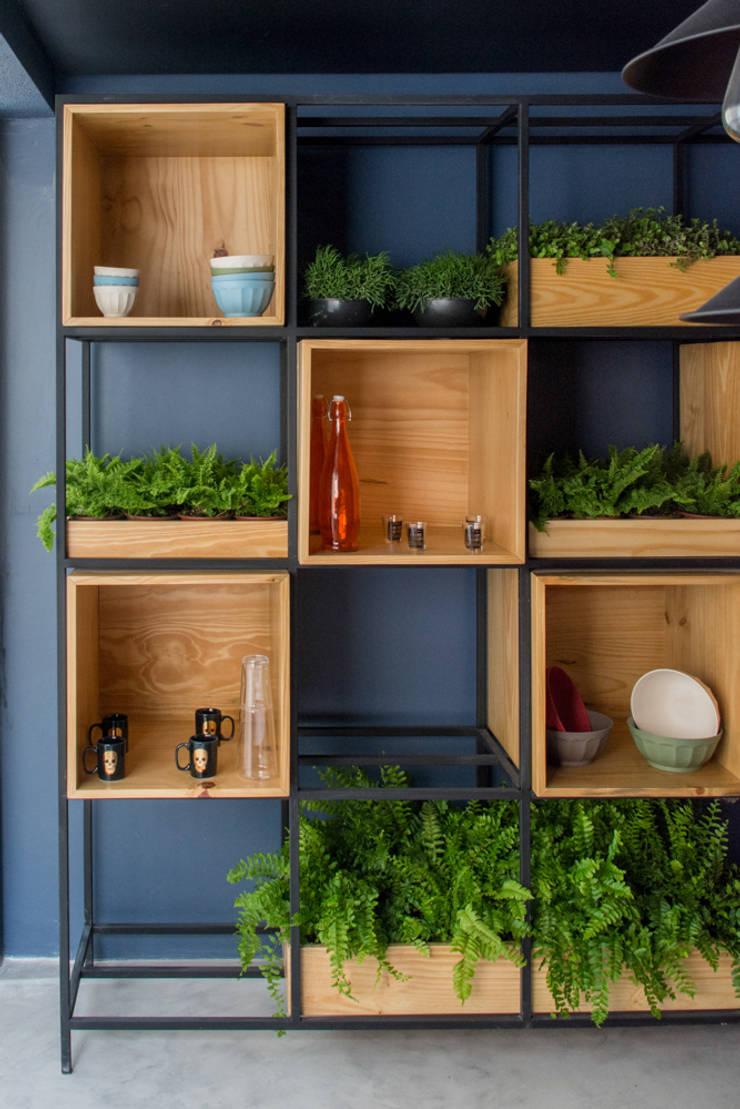 DEcorado Maxhaus: Cozinhas  por Two Design