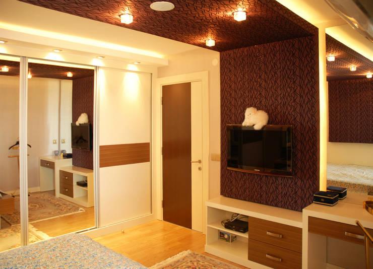 VRLWORKS – Leyla Alieva Evi Antalya: modern tarz Yatak Odası