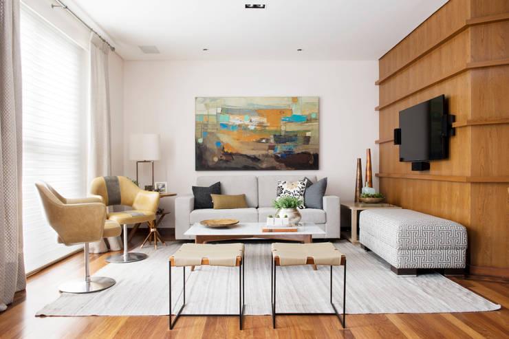 Sala de estar.:   por Lembi Arquitetura