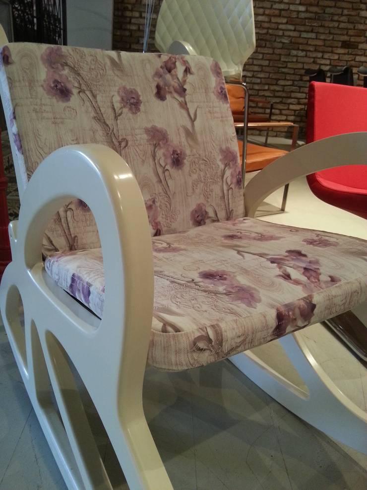 FOTOOYMA & ARMAN CONCEPT – sallanır sandalye &rocking chair: modern tarz , Modern