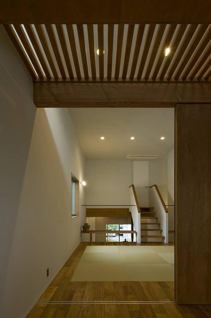 北方の家: 浦瀬建築設計事務所が手掛けた和室です。,オリジナル