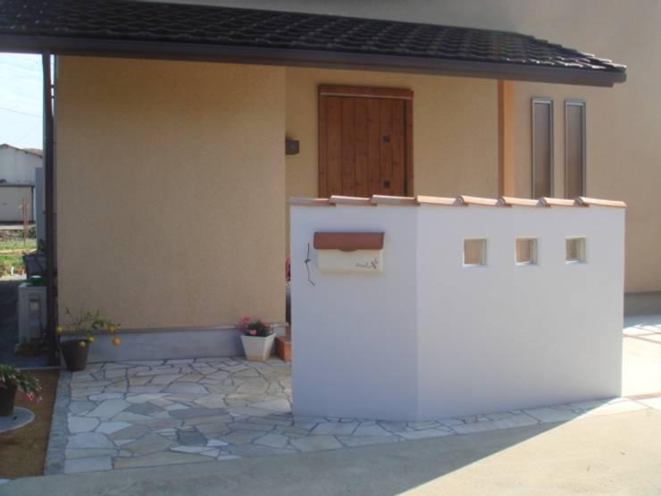 五條の家Ⅱ: 株式会社 atelier waonが手掛けた家です。,モダン