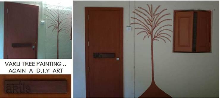 ARTis Design Studio:  Corridor & hallway by ARTis Interior Design