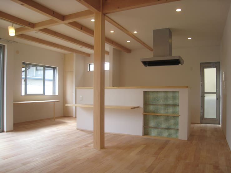 豊能町の家Ⅱ: 株式会社 atelier waonが手掛けたダイニングです。
