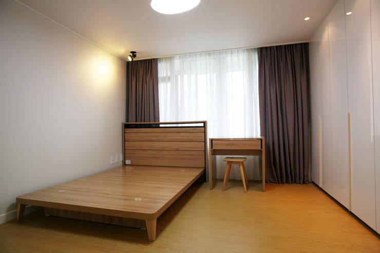 일원동 목련타운 38PY: dezainsoul의  침실