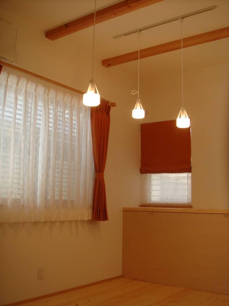 平野の家: 株式会社 atelier waonが手掛けた和室です。,