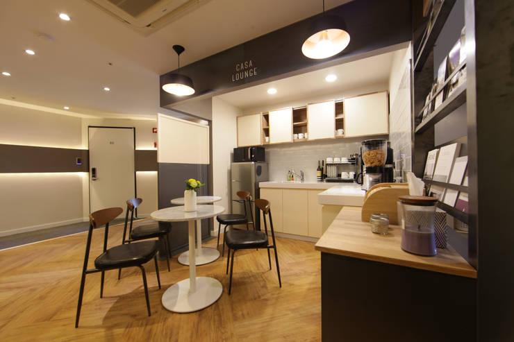 명동 까사명동 게스트하우스(CASA MYEONDONG GUEST HOUSE): 마이네임이즈존의  호텔,모던