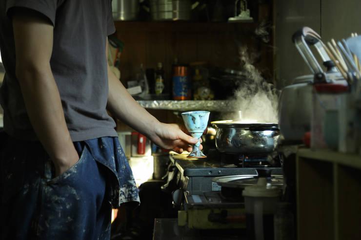 ゴブレット: 庚申窯-Koshin-kiln-が手掛けたキッチンです。,