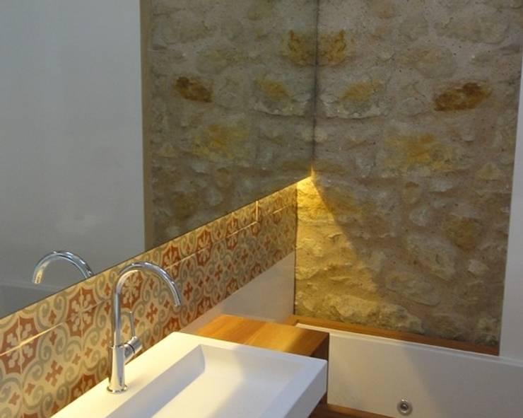 ห้องน้ำ โดย TONO BAGNO   Pasión por tu baño, ชนบทฝรั่ง